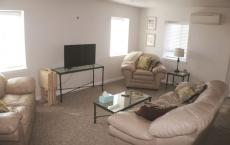Modern Apartment 2BR 1BA in the Heart of Junction