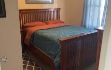 Cheerful 1- bedroom residential home with hot tub!